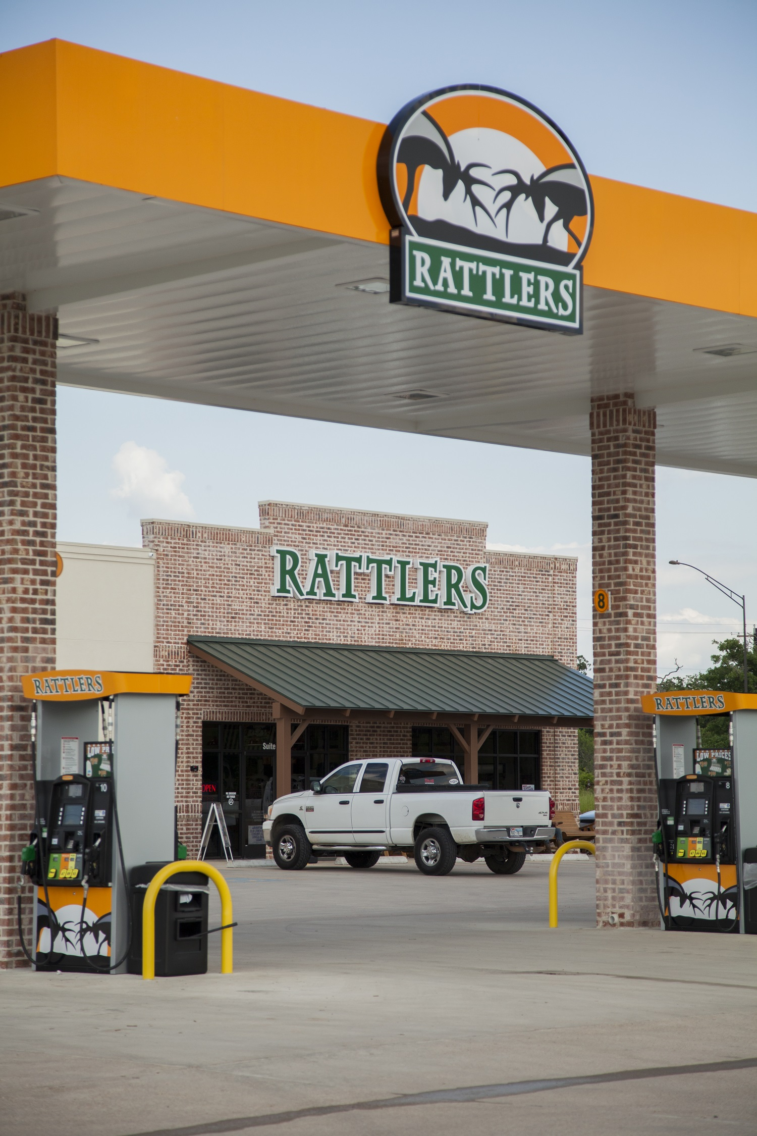 Rattlers Corner Store Sk And A Architecture